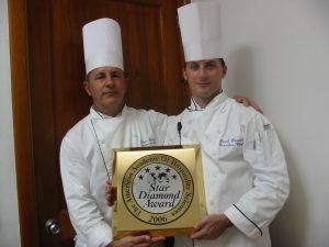 Daniel DAOULAS reçoit une récompense